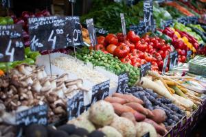 Die schönsten Märkte Europas Wien Naschmarkt HOFER REISEN