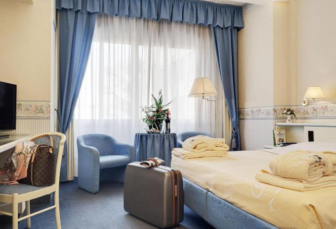 abano terme lesbian dating site Hotel due torri – abano terme, italy due torri is housed in a stately home dating back to 1700 and its regal charm is still apparent today.