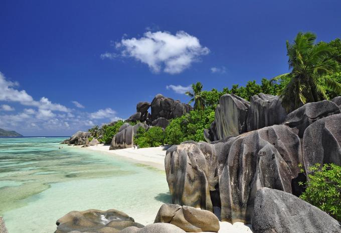 Hofer Mini Kühlschrank : Seychellen inselhüpfen hofer reisen