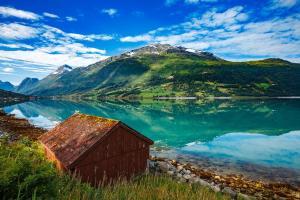 Berlin & Ostsee oder Norwegische Fjorde - City-Trip & Kreuzfahrt