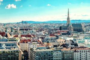 Wien Panorama Sommer Stephansdom HOFER REISEN