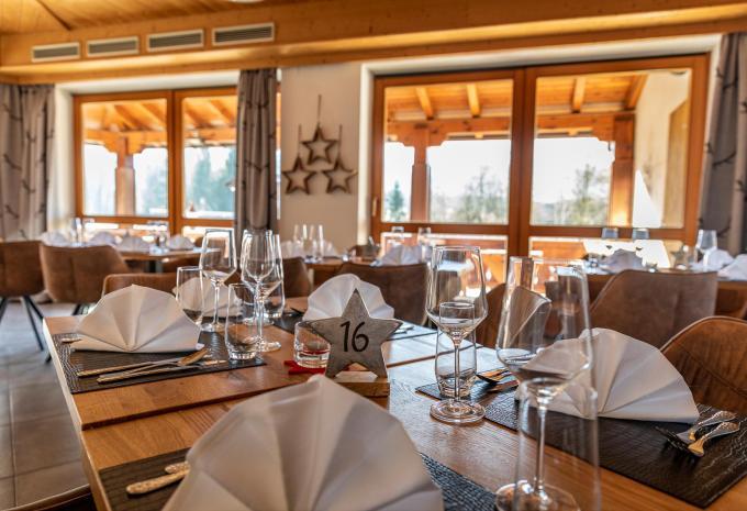 Gepflegt & mit Stil: Lounge & Bar - Hotel Peternhof Kssen