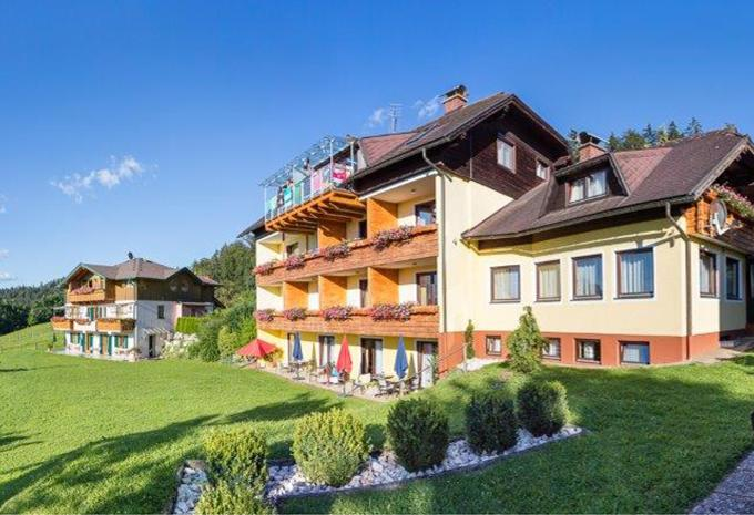 Single-Urlaub mit Kind Offers and All-inclusive prices Zwlferhorn