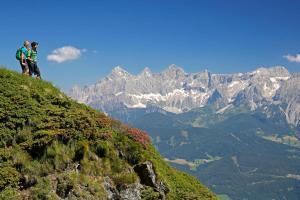Die schönsten Regionen Österreichs Dachstein HOFER REISEN