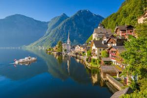 Places to be: Hallstatt in Oberösterreich HOFER REISEN