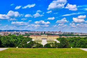 Immer einen Besuch wert: Wien HOFER REISEN