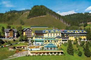 Hotelgeschichten: Hotel Pichlmayrgut **** HOFER REISEN