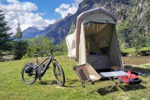 Unterwegs mit E-Bike und Micro-Wohnwagen - Radreise