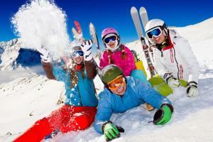 Kleine, feine Skigebiete in Österreich HOFER REISEN